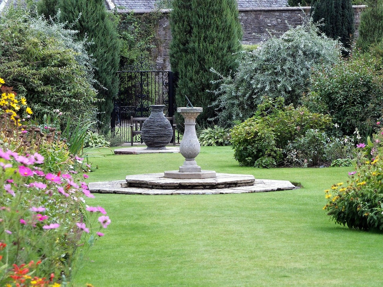 5 popular places to scatter ashes in the UK following cremation